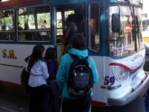 En la Provincia de Buenos Aires las clases arrancarían sin boleto estudiantil